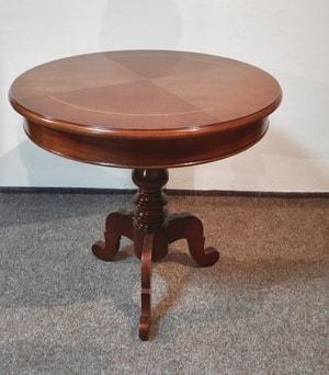 Kulatý stolek na jedné noze D450