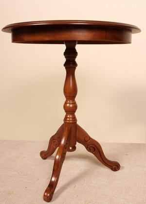 Kulatý stolek art.F188