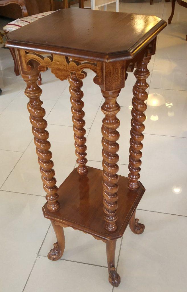 stolek +