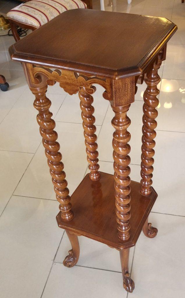 stolek krouc