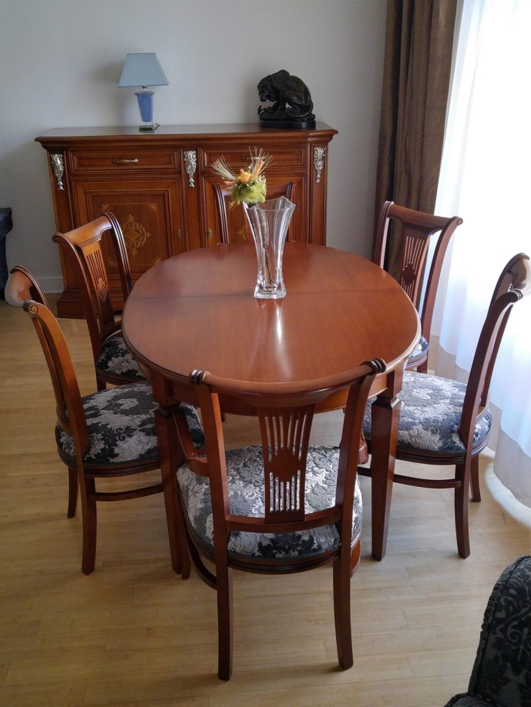art.M313_jídení stůl