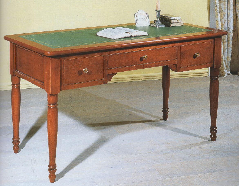 psací stůl masiv